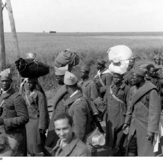 Black prisoners of war from French Africa, captured in 1940. Photo: Bundesarchiv, Bild 121-0428 / CC-BY-SA 3.0